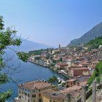 Panorama costa del lago di Garda